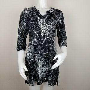 Neesha Lg Black & White Dress